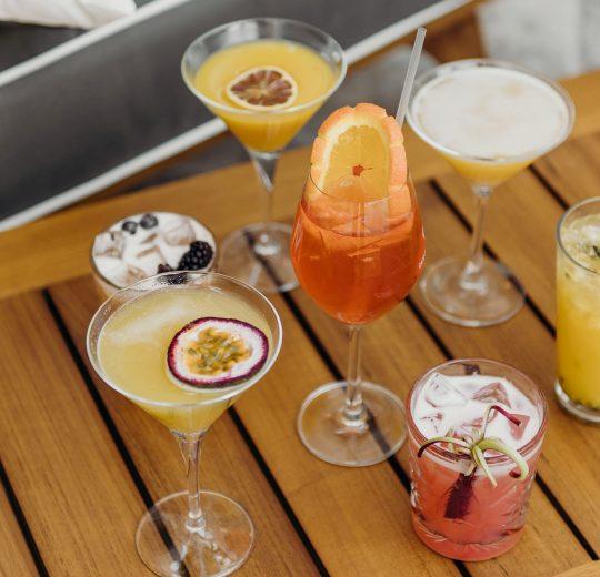 lpt cocktail lounge square